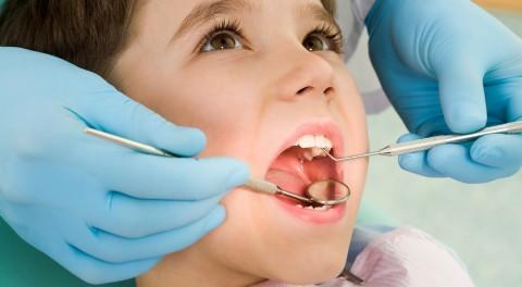 Hướng dẫn vệ sinh răng miệng và các lưu ý khi niềng răng