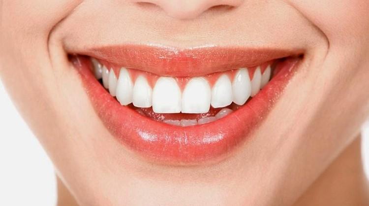 Khám phá phương pháp chỉnh răng móm tại Up Dental